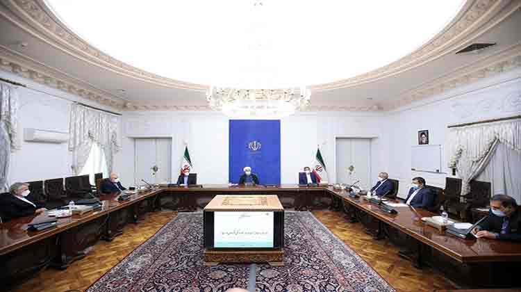 روحانی در جلسه ستاد هماهنگی اقتصادی دولت؛ ساختار اقتصاد دولتی برای اداره مناطق آزاد آسیب زا خواهد بود